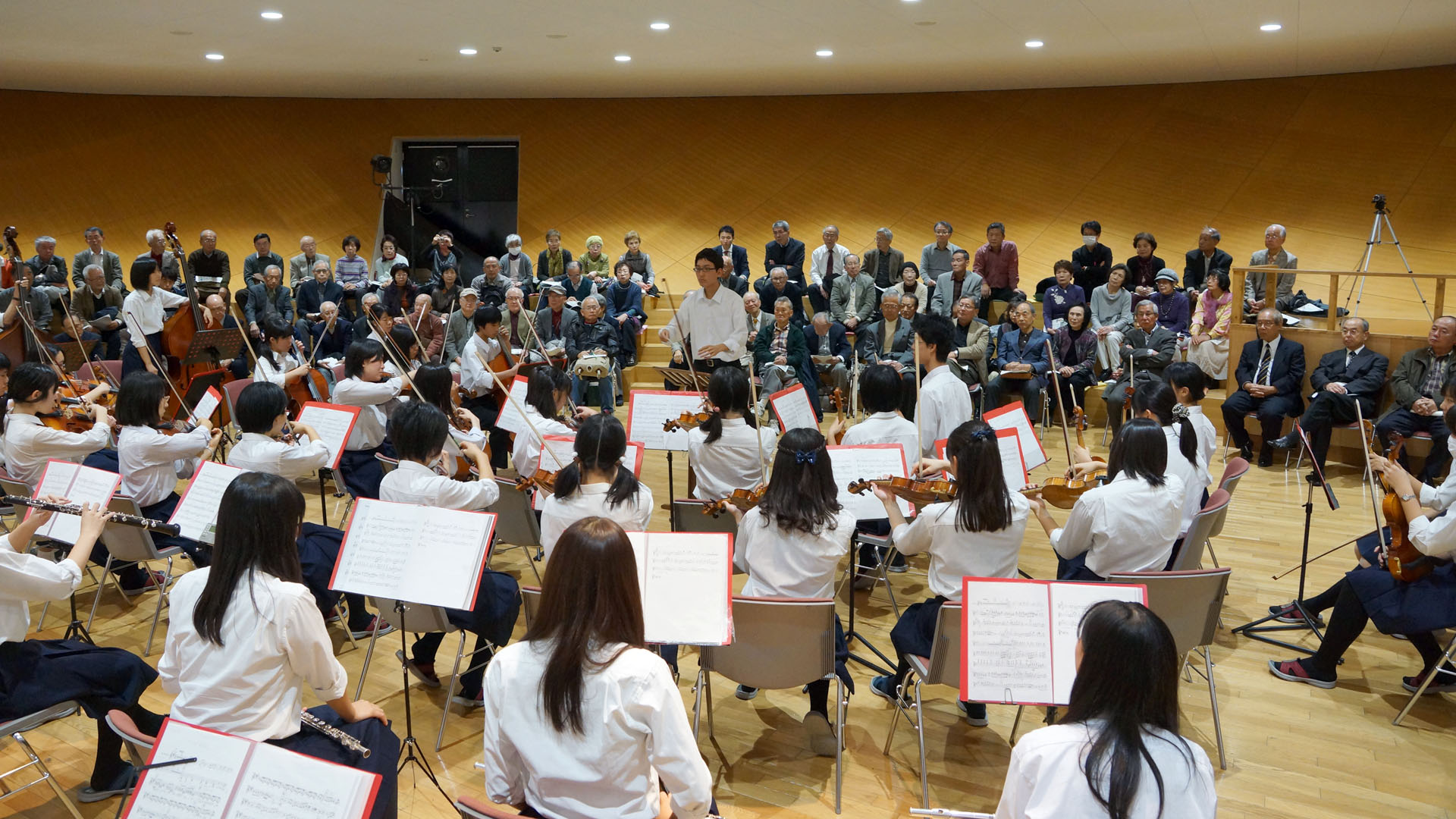 TR124-Sakata-OrchestraClub-DSC09092