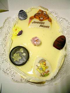 卵型のイースター・ケーキ